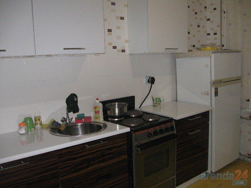 1-кімнатна квартира подобово, Миколаїв, вул. Чигрина, 47 (2)