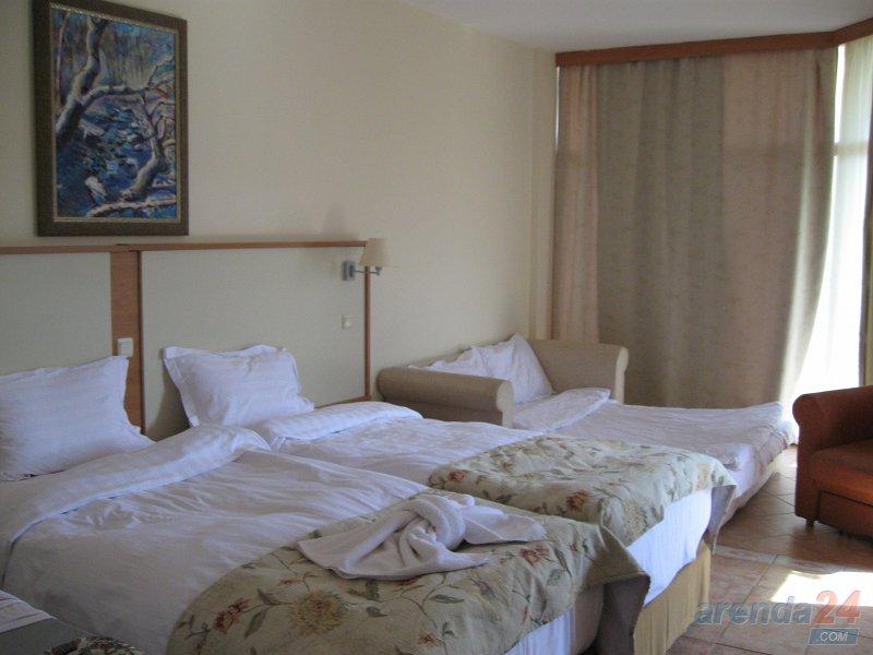 1-кімнатна квартира подобово, Миколаїв, вул. Чигрина, 47 (8)