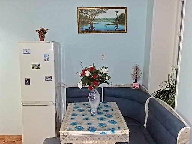 Уютная 1 комнатная квартира в центре Алупки (8)