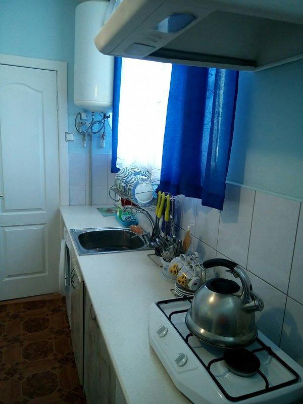 Уютная 1 комнатная квартира в центре Алупки (5)
