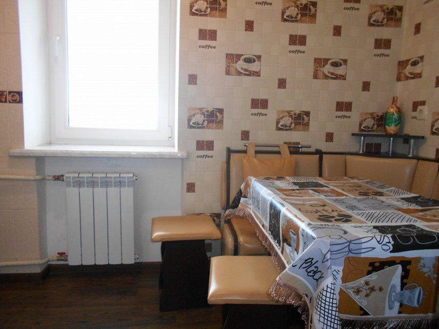 1-кімнатна квартира подобово, Миргород, вул. Незалежності, 2 (6)