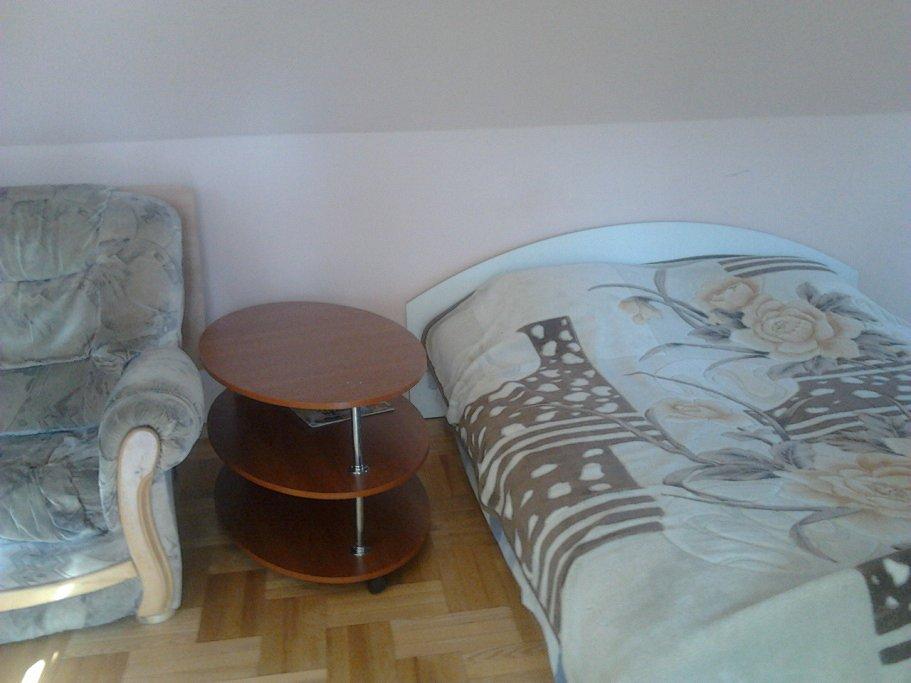 Сдам 1-комнатную квартиру рядом с морем в Ялте! (2)