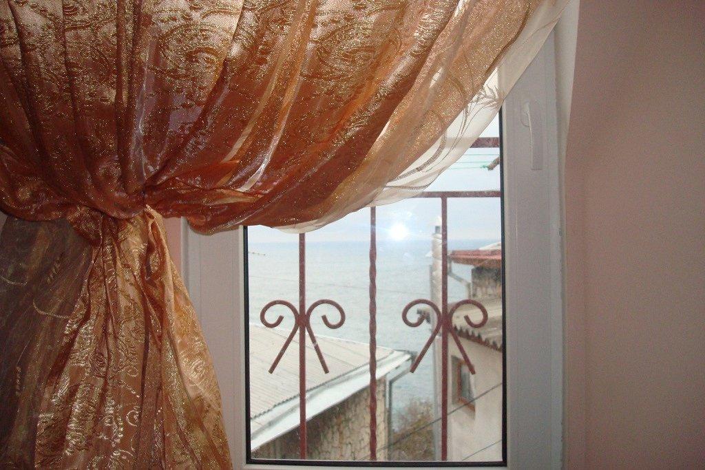 Сдам 1-комнатную квартиру рядом с морем в Ялте! (4)