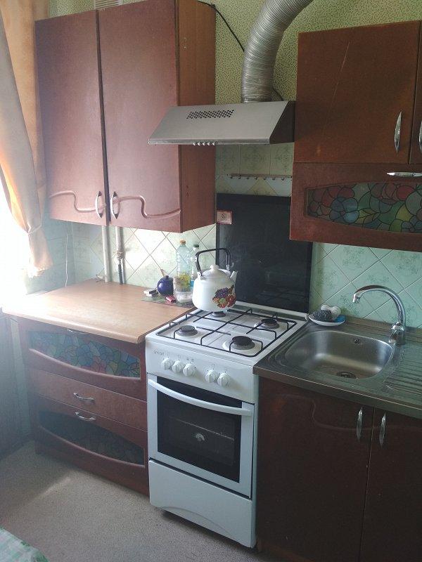 Сдам квартиру посуточно Ильичевск (Черноморск ) (2)