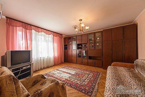2к с разденьными спальнями на бул. Леси Украинки