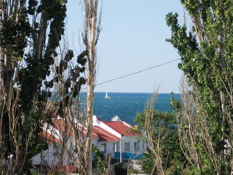 Здам подобово в Севастополі квартиру біля моря (5)