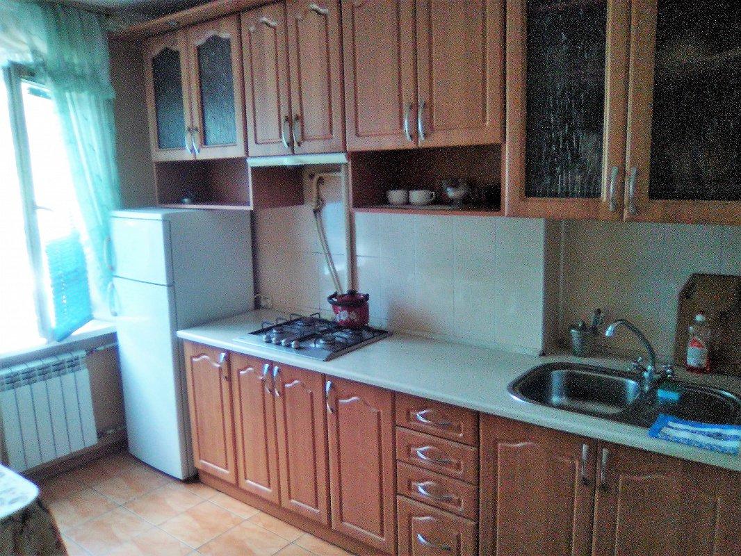 1-кімнатна квартира подобово, Миколаїв, вул. Потьомкінська, 141