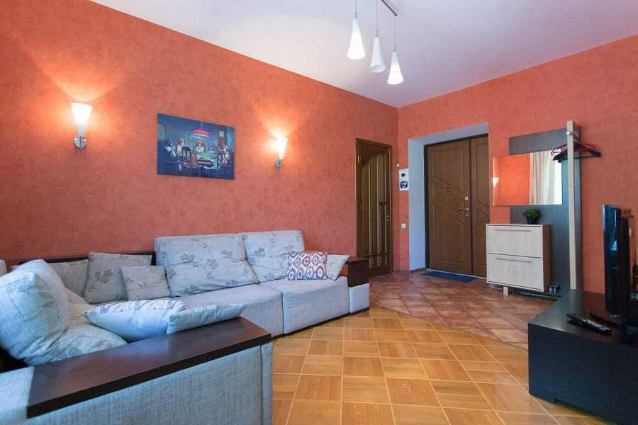 2-комнатная квартира посуточно, Харьков,  Тринклера, 5