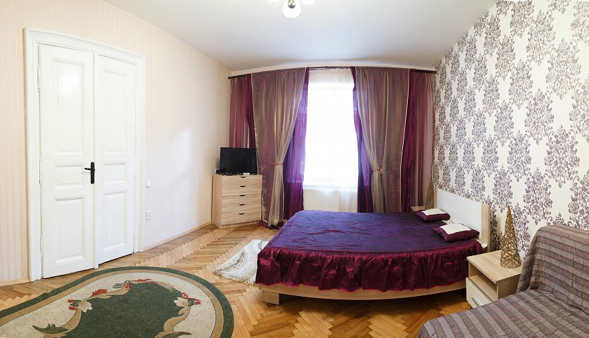 1-комнатная квартира посуточно, Львов, ул. Тиктора, 6