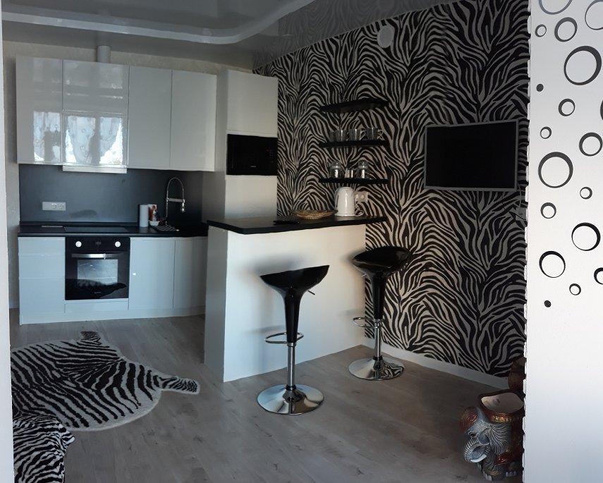 2-комнатная квартира посуточно, Киев, ул. Боголюбова, 38
