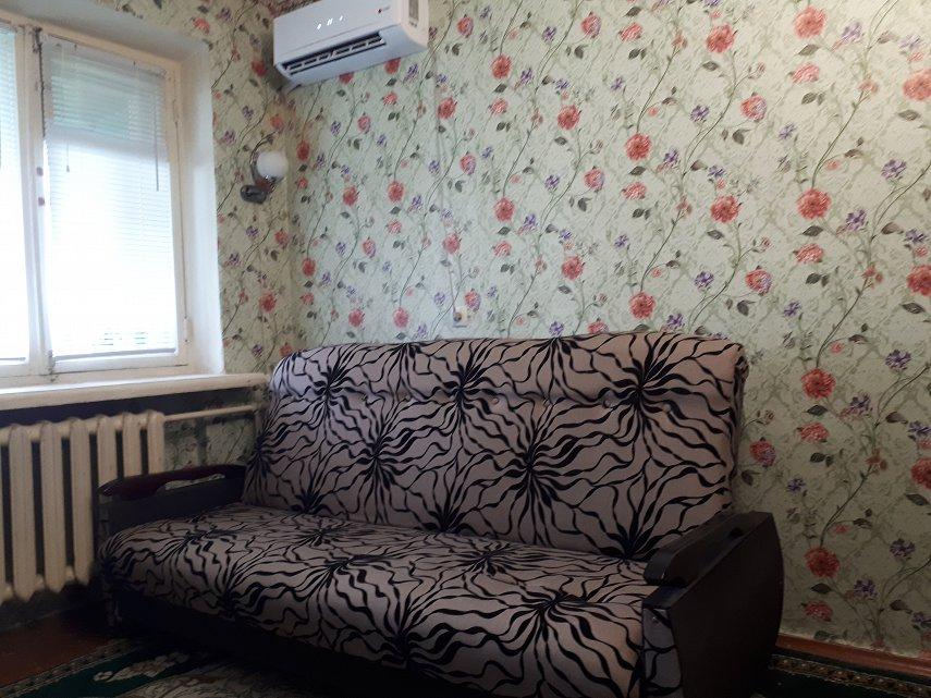 Комната посуточно, Черноморск (Ильичевск), ул. Парковая, 18 (1)