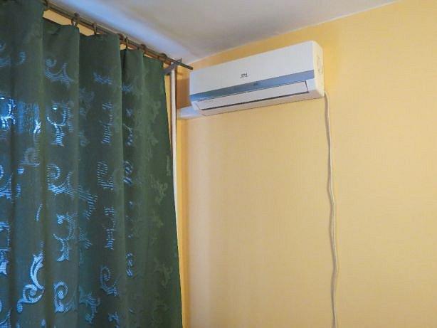 1-комнатная квартира посуточно, Черноморск (Ильичевск), ул. Парковая, 2
