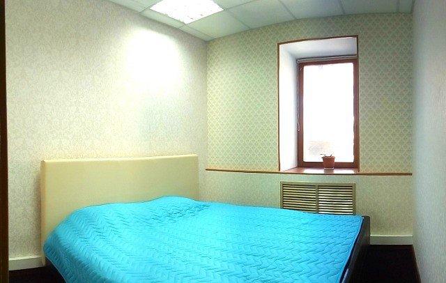 2-комнатная квартира посуточно, Киев, ул. Юрия Кондратюка, 2а