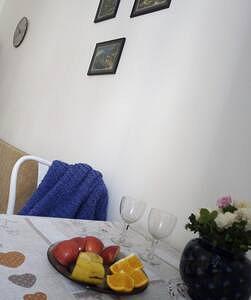Уютная квартира возле площади Рынок (4)
