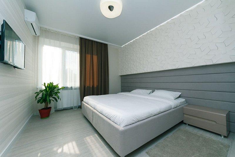 4-кімнатна квартира подобово, Київ, б-р Лесі Українки, 24 (9)