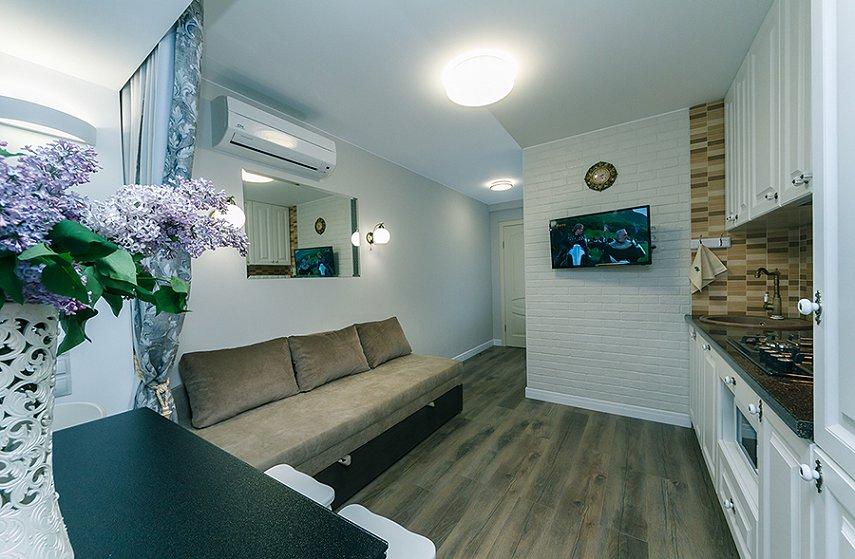 4-комнатная квартира посуточно, Киев, ул. Новогоспитальная, 5 а (3)