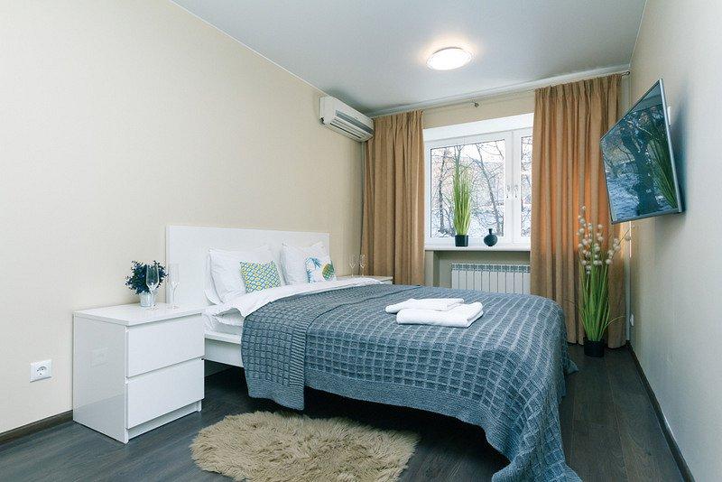3-комнатная квартира посуточно, Киев, б-р Леси Украинки, 12 (1)