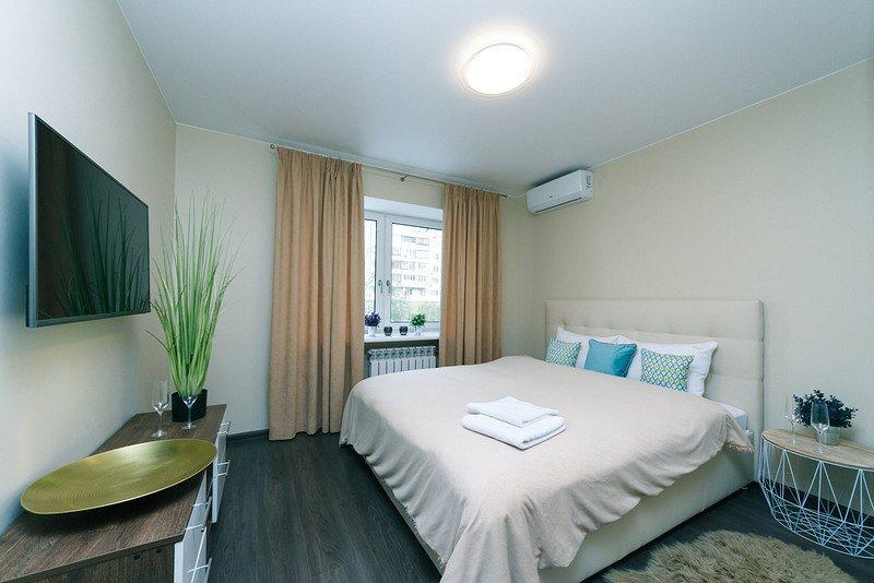3-комнатная квартира посуточно, Киев, б-р Леси Украинки, 12 (5)