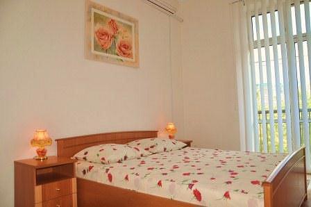 2-комнатная квартира посуточно, Киев, ул. Крещатик, 13 (3)