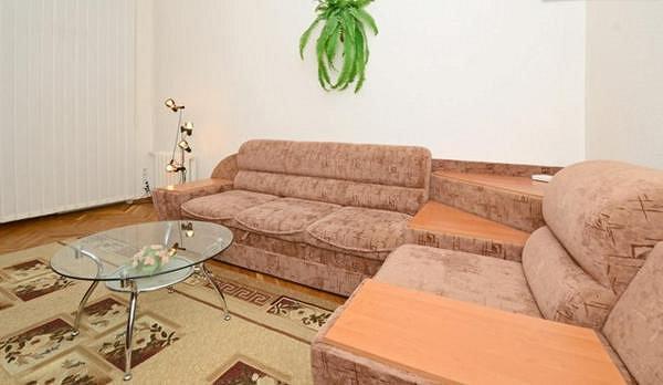 2-комнатная квартира посуточно, Киев, ул. Крещатик, 13 (5)