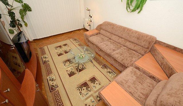 2-комнатная квартира посуточно, Киев, ул. Крещатик, 13 (6)