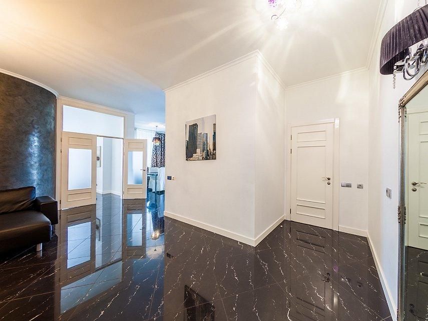 2-комнатная квартира посуточно, Киев, ул. Саксаганского, 121 (2)