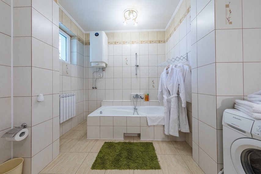 2-комнатная квартира посуточно, Киев, ул. Саксаганского, 121 (5)