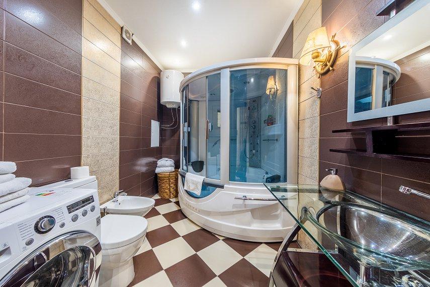 2-комнатная квартира посуточно, Киев, ул. Саксаганского, 121 (3)