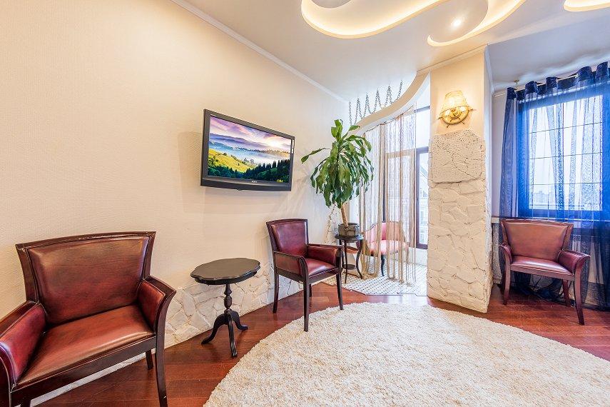 2-комнатная квартира посуточно, Киев, ул. Саксаганского, 121 (7)