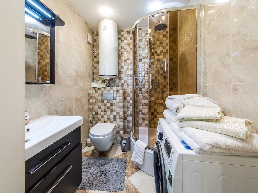 1-комнатная квартира посуточно, Киев, ул. Жилянская, 118 (8)
