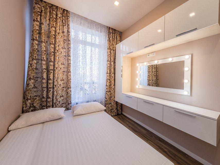 2-комнатная квартира посуточно, Киев, ул. Жилянская, 118 (2)