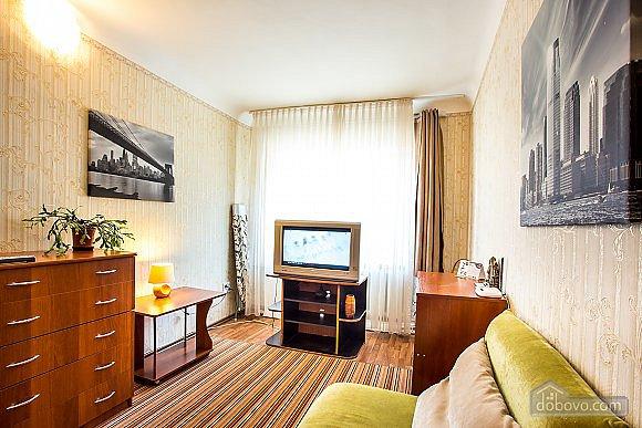 1-кімнатна квартира подобово, Херсон, вул. Залізнична, 21 (2)