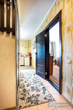 1-кімнатна квартира подобово, Херсон, вул. Залізнична, 21 (7)