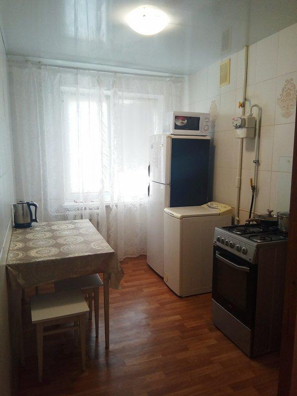 2-кімнатна квартира подобово, Дніпро, просп. Миру, 6 (4)