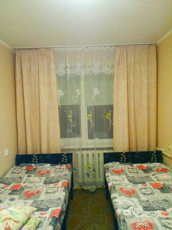 2-кімнатна квартира подобово, Дніпро, просп. Миру, 6 (5)