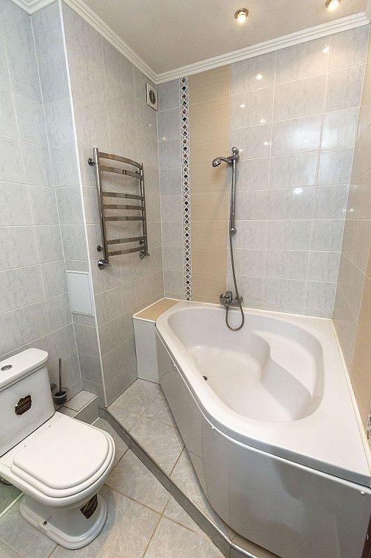3-комнатная квартира посуточно, Киев, ул. Полтавская, 4 (9)