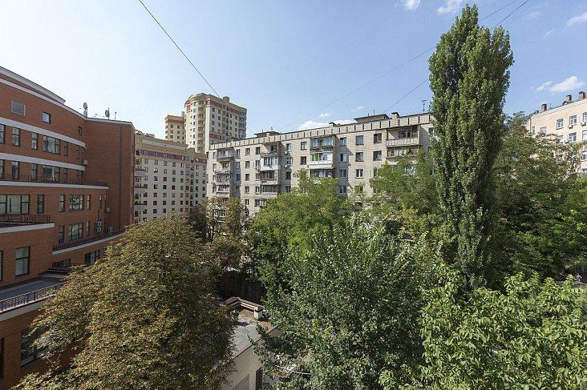 3-комнатная квартира посуточно, Киев, ул. Полтавская, 4 (10)