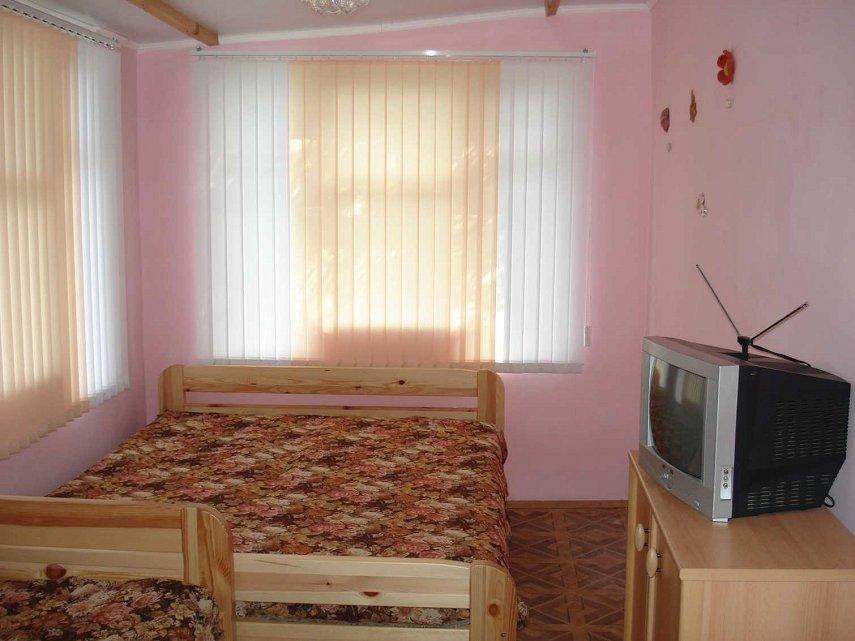 Гостьовий будинок подобово, Ялта, вул. Кастрополь, Кипарисная, 33а (6)