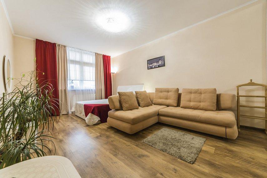 1-комнатная квартира посуточно, Киев, ул. Воскресенская, 14б