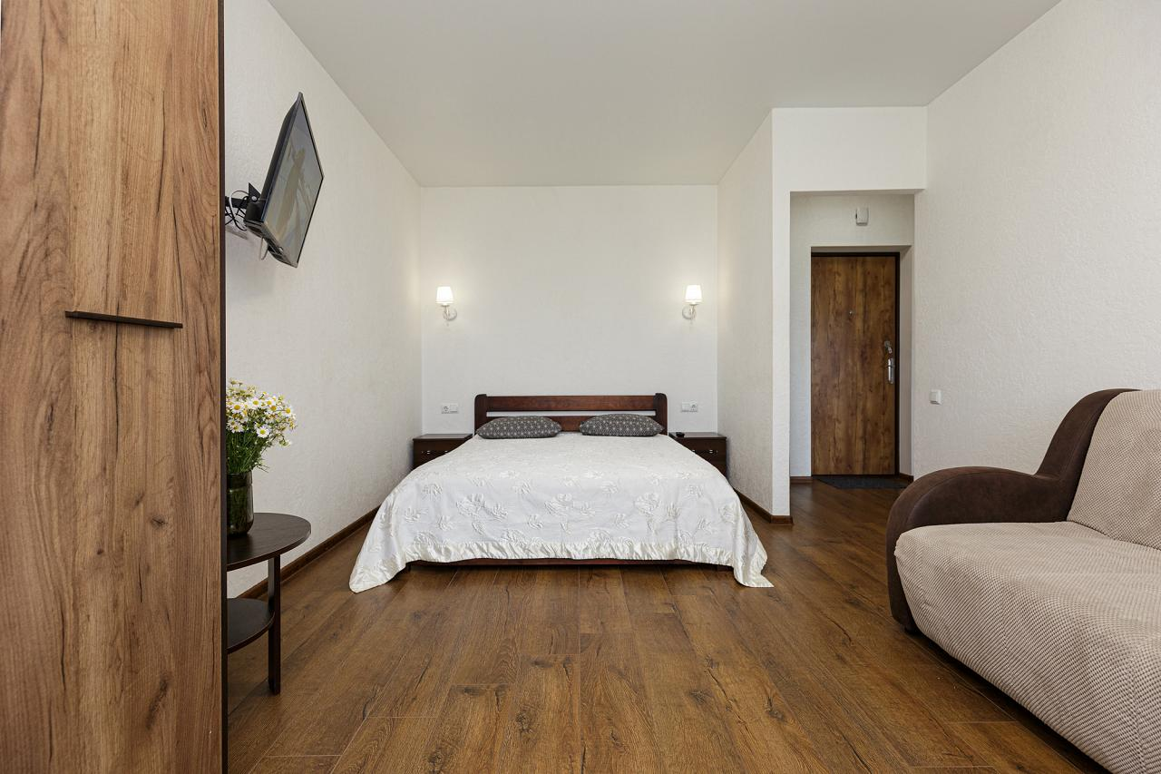 1-кімнатна квартира подобово, Одеса, вул. , 33 (2)