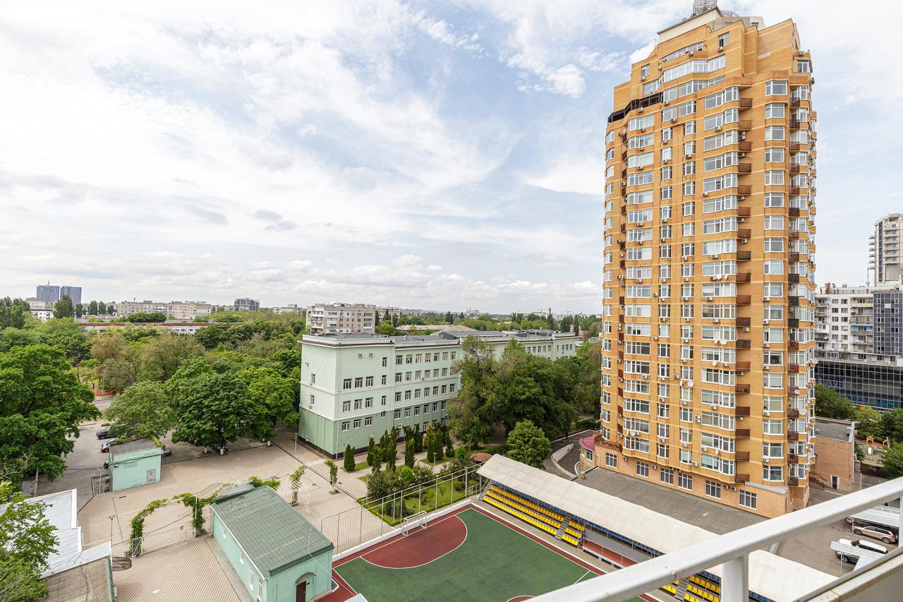 1-кімнатна квартира подобово, Одеса, вул. , 33 (10)