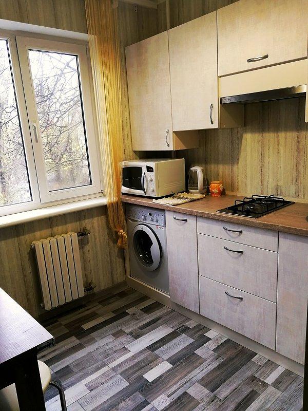 посуточно квартира с ремонтом на Гайдара (2)