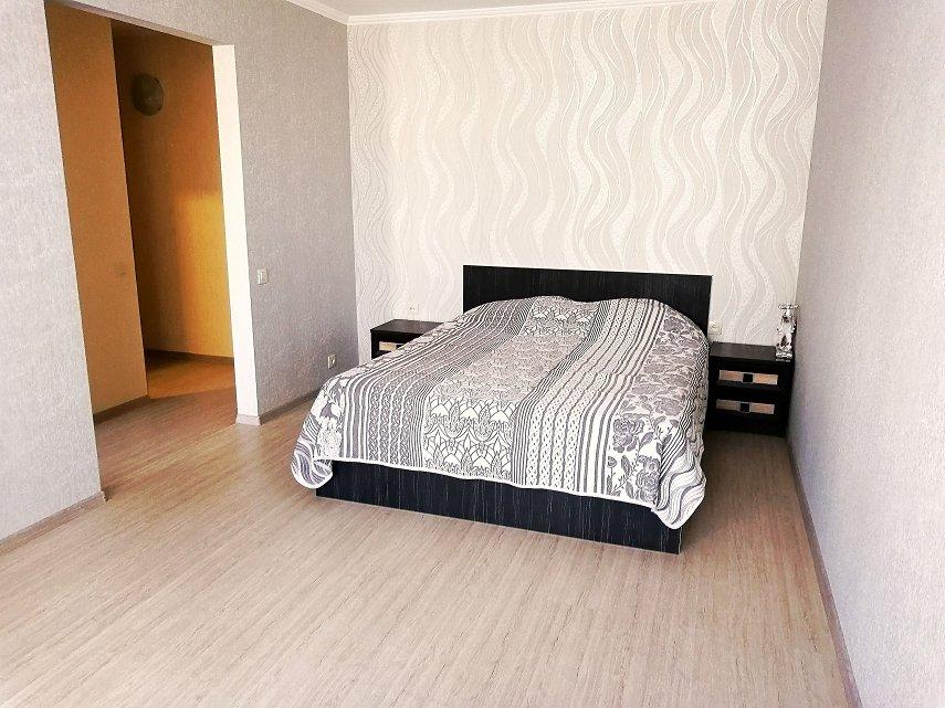 посуточно квартира с ремонтом на Гайдара (4)