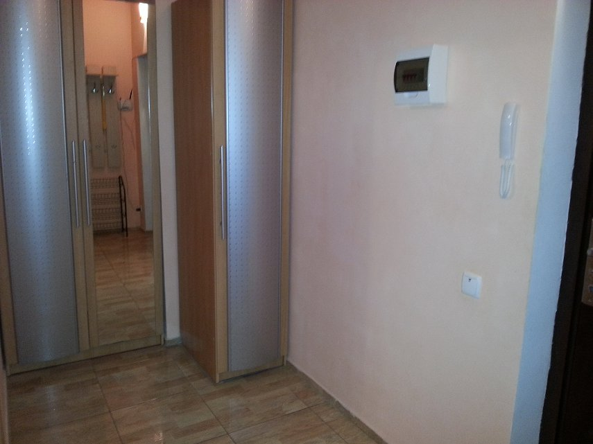 Сдам однокомнатную квартиру в центре Севастополя (1)