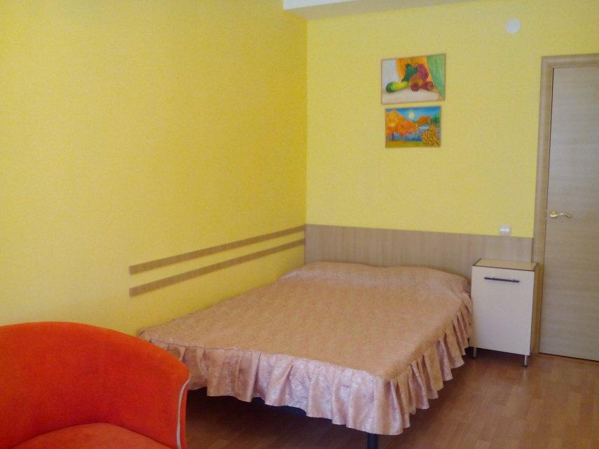 Сдам однокомнатную квартиру в центре Севастополя (3)