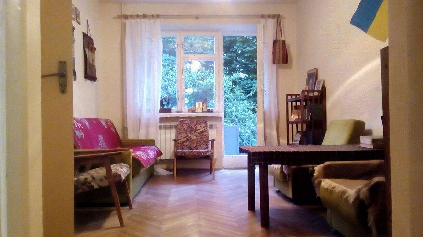 2-комнатная квартира в тихом месте в пределах старого города (1)