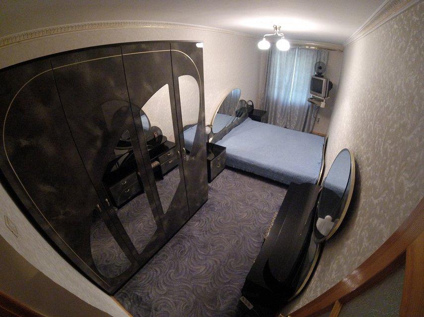 3х комнатная возле Дендропарка на проспекте Шевченко (4)