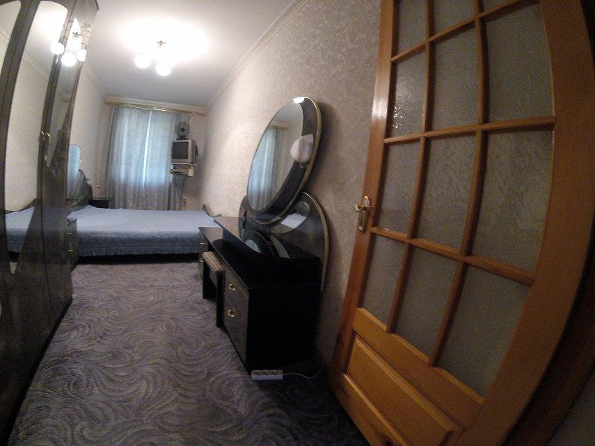 3х комнатная возле Дендропарка на проспекте Шевченко (5)