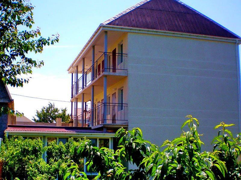 Недвижимость Севастополь снять жилье для отдыха (1)