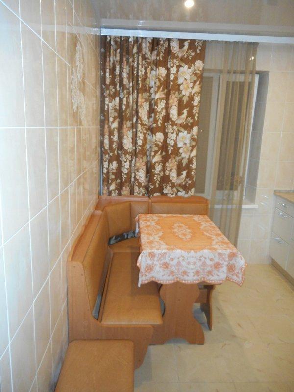 1-кімнатна квартира подобово, Київ, вул. Деміївська, 37 (1)